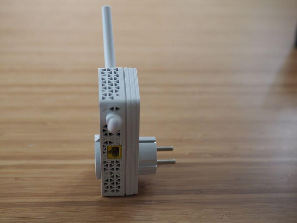 Repeater, wireless, NETGEAR AC750 EX3800