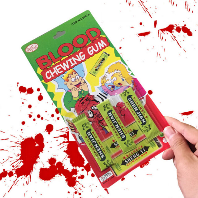 LastestSpitting blood Joke Chewing Gum Shocking Toy Prank Trick Gag Funny LL
