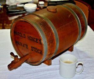 Vintage-beautiful-wooden-wine-whisky-Liquor-keg-cask-authentic-barrel-w-spout