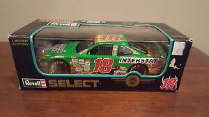 Revell-Select-Bobby-Labonte-18-Interstate-Batteries-Diecast-1998-1-24