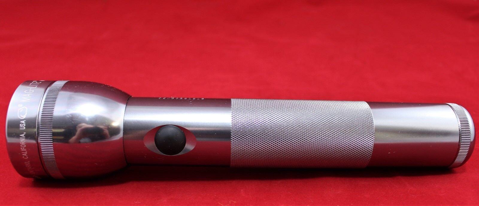 Mag-Lite Taschenlampe Stabtaschenlampe MagLite USA D2030581218 - wie NEU  | Elegante und robuste Verpackung