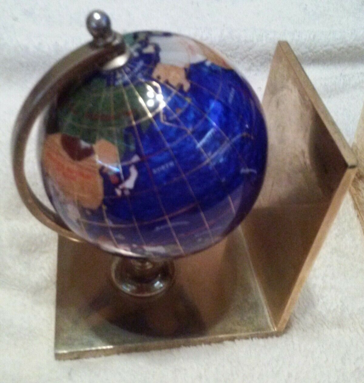 Lapis Gemstone Globe Bookends Set on oro Coloree Brass Metal Base Unique Heavy