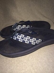 a0fc69e698fd Reef Men s Navy Blue Rubber With Cloth Strap Flip Flop Sandals