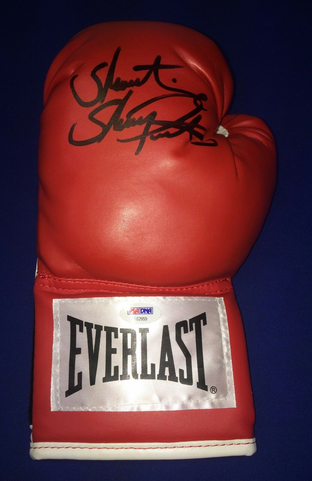 Showtime Shawn Porter Signed Red Everlast Boxing Glove PSA/DNA AA62959