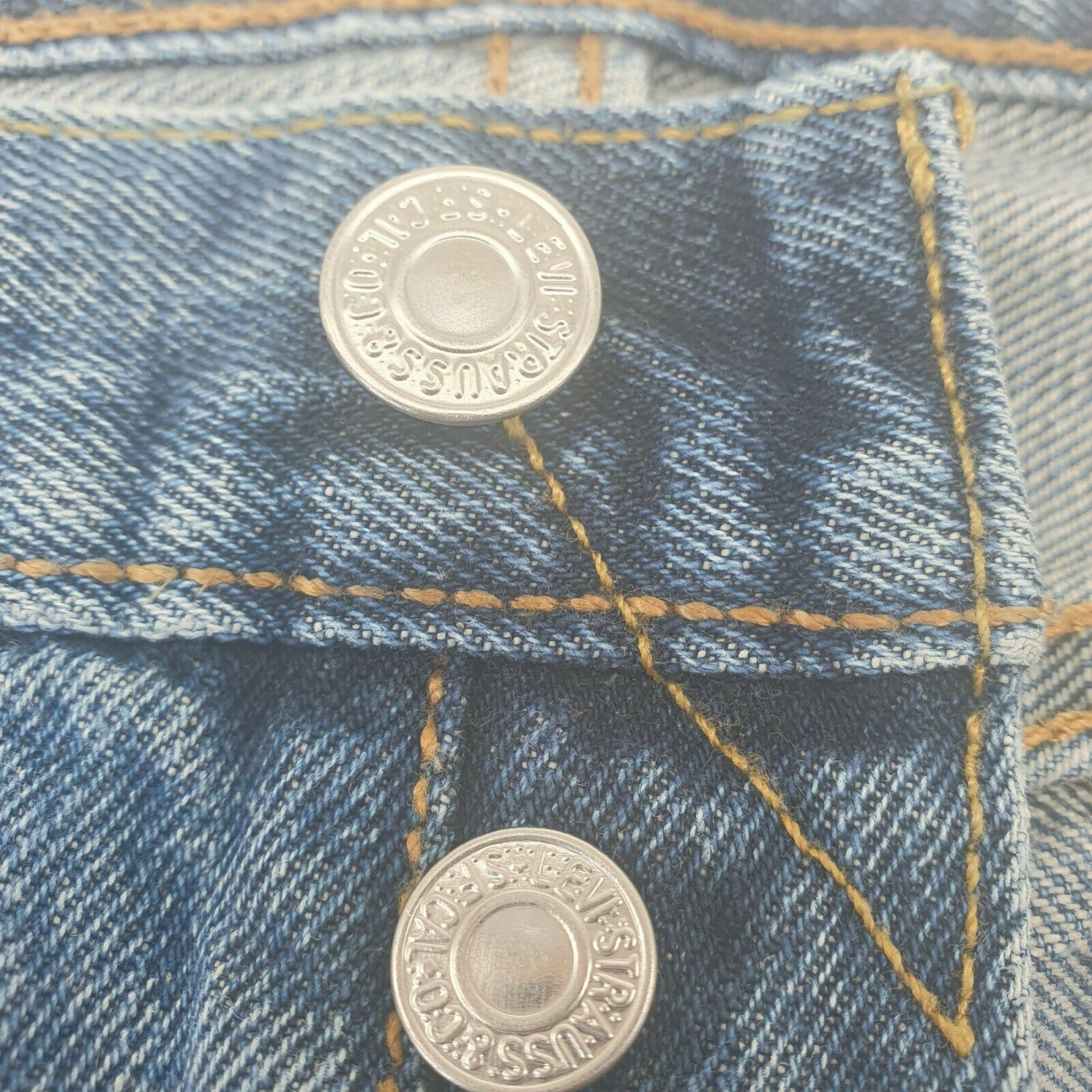 Levis 501 Distressed Jeans Button Fly Light Wash… - image 8