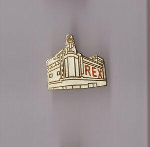 Pin-039-s-Rex-Hotel-signe-Demons-et-merveilles