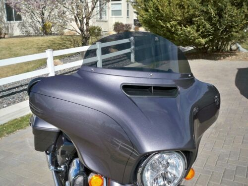 Touring // Bagger 9 in Medium Gray Windshield 2014-2019 Harley Windshield