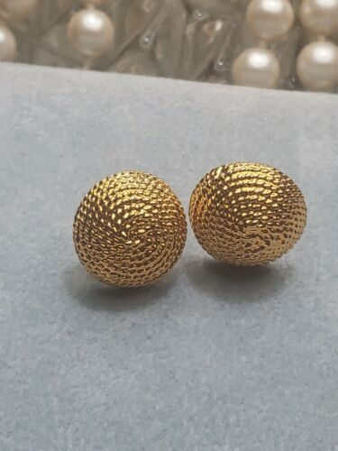 PURPLE /& GOLD EARRINGS  Pierced Studs  Posts  Lucite  Chic  Secretary Jewelry  Retro Accessories  Savvy Vintage Button Earrings  Mod