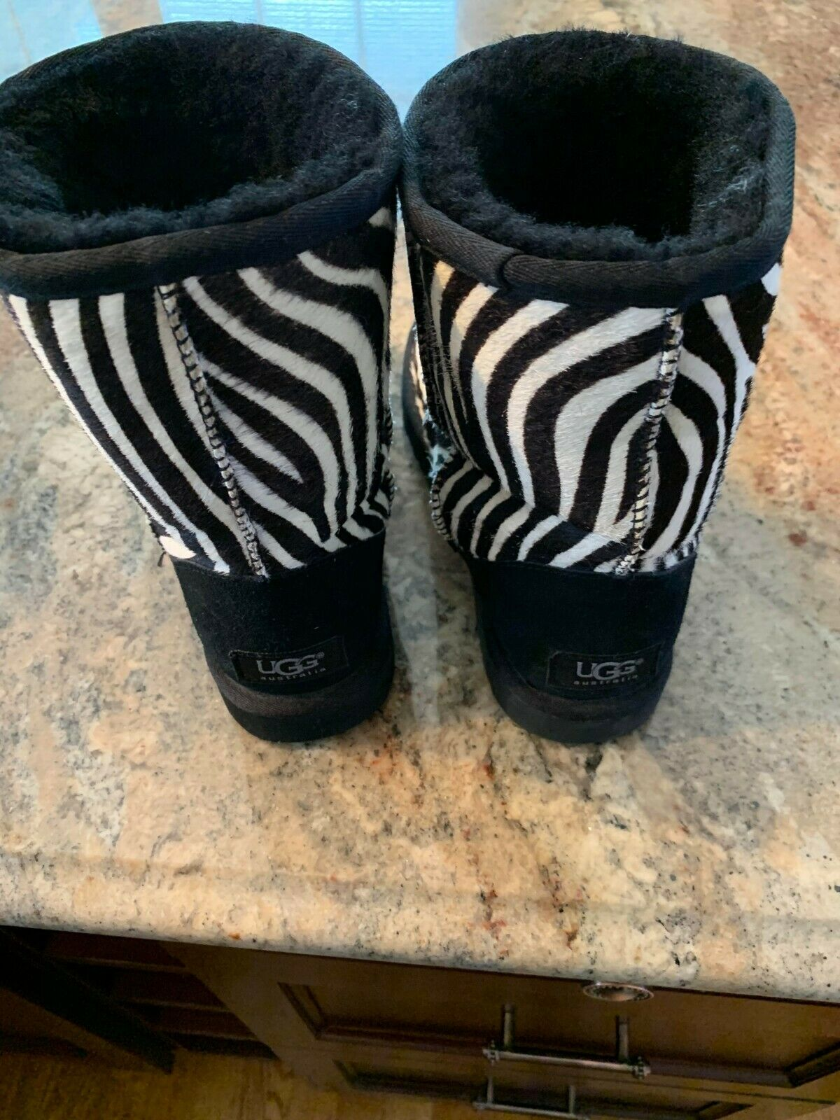 UGG CLASSIC EXOTIC ZEBRA BOOTS, WOMEN'S US 5, BLA… - image 2