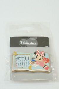 Disney Store Japan Pin Le 1100 2005 Calendar November Minnie Brake