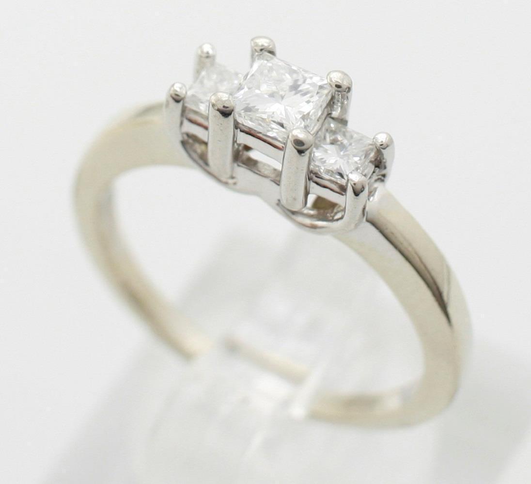 14K White gold and Platinum Diamond Three Stone Princess Cut Ring 0.50ctw Sz 6.5