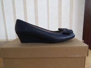 Ladies-Unisa-Navy-Wedged-Ballerina-Style-Shoe-Size-40