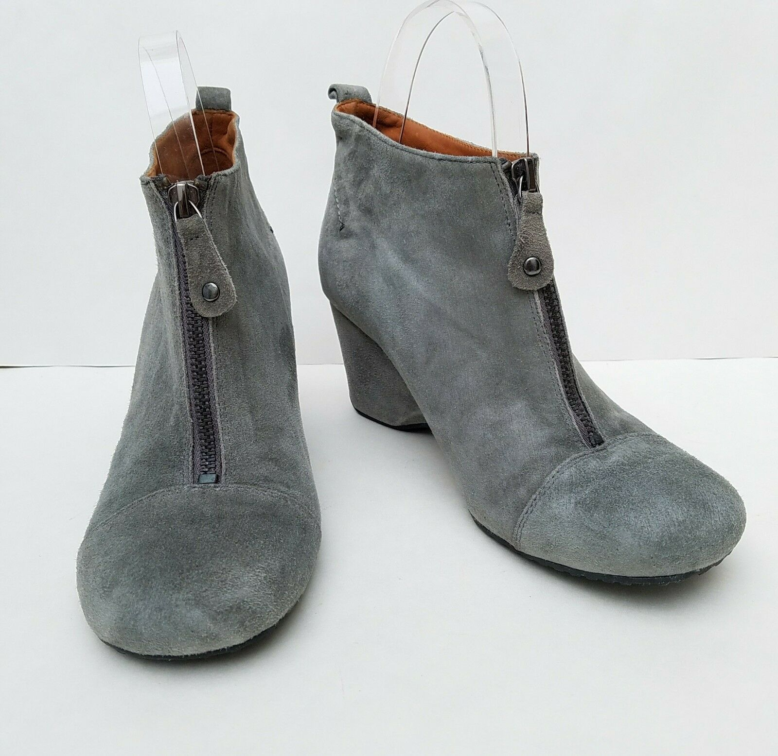 NEW Womens Sz 7 Gentle Souls 'Ridgual' GREY Leather Ankle Boot Bootie Wedge Zip