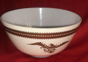 Pyrex Federal Eagle 1 1/2 Quart Mixing Bowl 478-B. Pre Owned