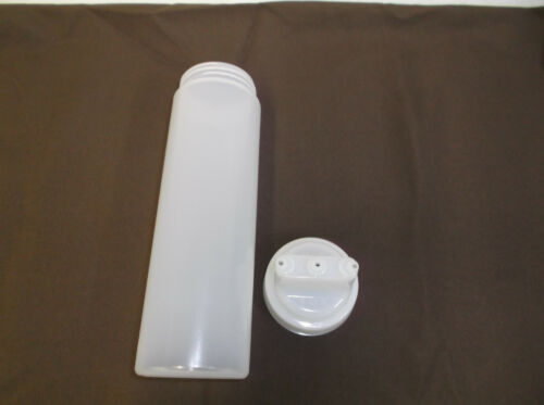 1 DZ Tablecraft 12463c3  24oz plastic squeeze bottle