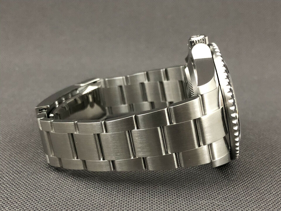 Rolex Sea-Dweller - NYT - 2020 - 126600