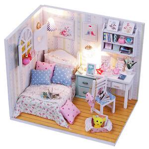 Progetto-fai-da-te-Handcraft-in-miniatura-casa-di-bambole-in-legno-La-mia-piccola-camera-da-letto