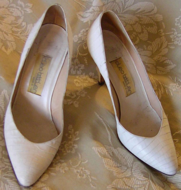 CLEO BOTTIER Italia CROCOLLE  scarpe bianca Pumps  1,250.Vintage Heels 8.5 8 38.5  per offrirti un piacevole shopping online
