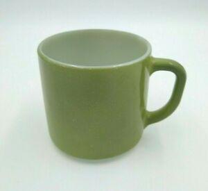 Vintage-Federal-Milk-Glass-Coffee-Mug-D-Handle-Olive-Green-U-S-A-Heat-Proof