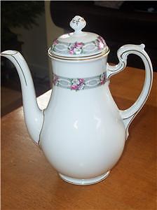 Beautiful-Ornate-Hutschenreuther-Selb-Coffee-or-Tea-Pot
