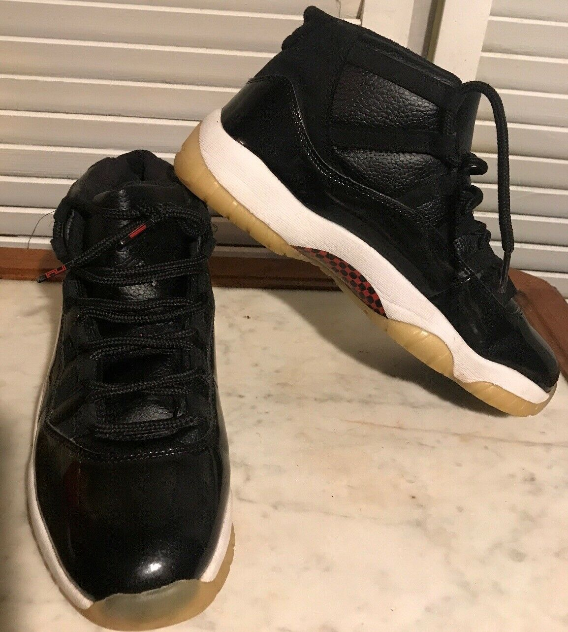 2018 Nike Air Retro 11 Space Jam Concord  Size 9.5