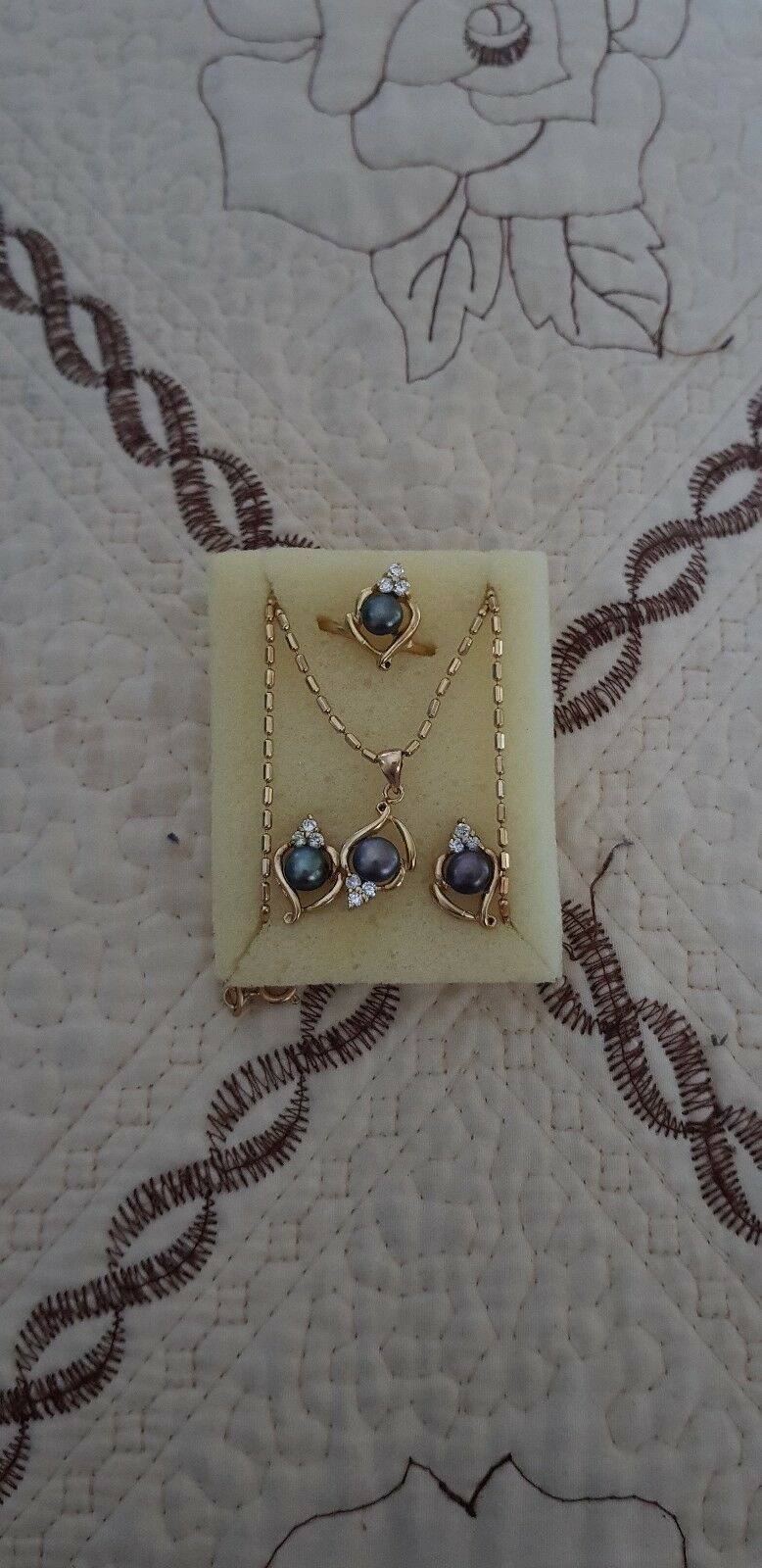 Set Of Necklace Accessories