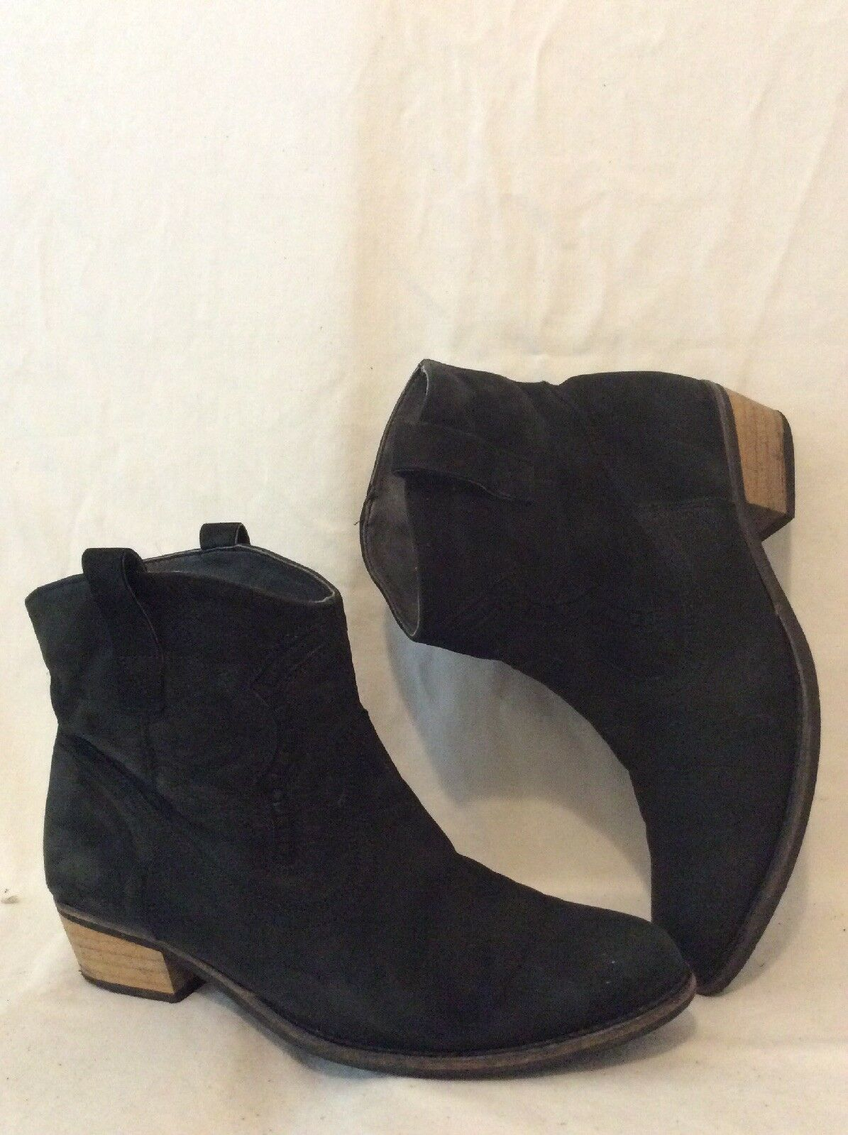 Ladies Black Ankle Leather Boots Size 6