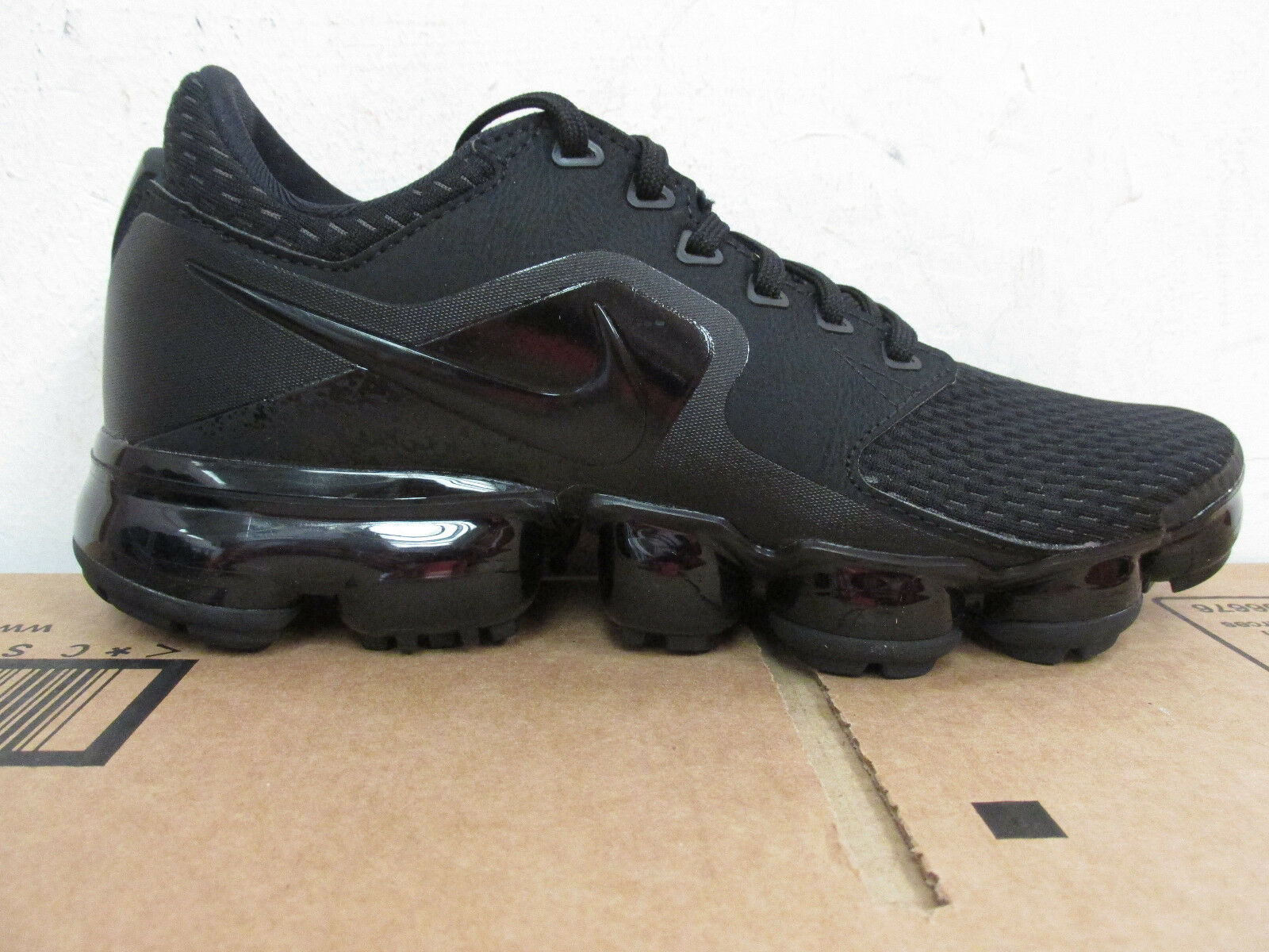 nike womens air vapormax running trainers AH9045 002 sneakers shoes CLEARANCE