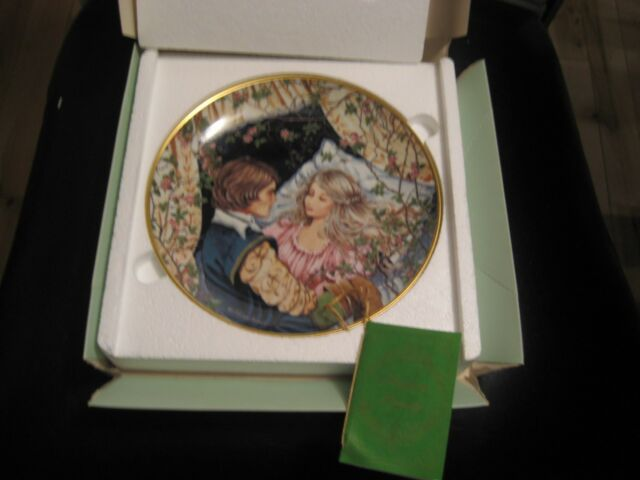 Kaiser Porcelain Classic Fairy Tales Collector Plate Sleeping Beauty