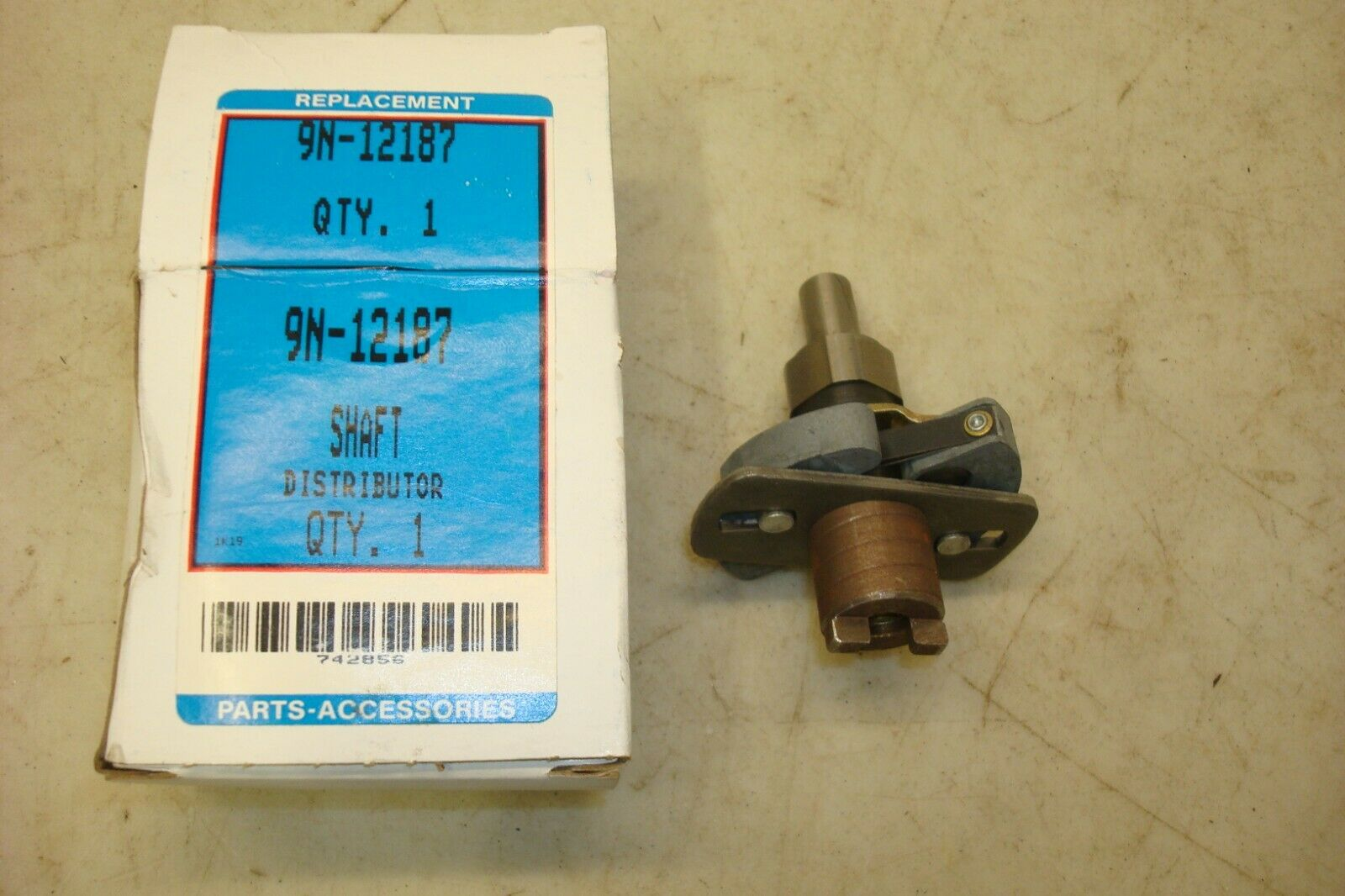 9N12187 Distributor Shaft /& Cam Weight Assembly for Ford Tractor 2N 8N 9N