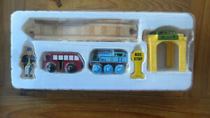 Thomas-Tank-Engine-amp-Friends-Wooden-Train-THOMAS-amp-BERTIE-STORY-PACK