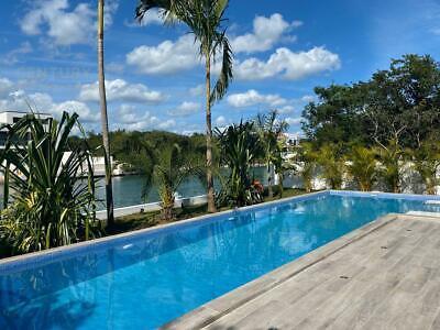 Increíble casa lujosa y moderna CON MUELLE  en Puerto Aventuras P3221