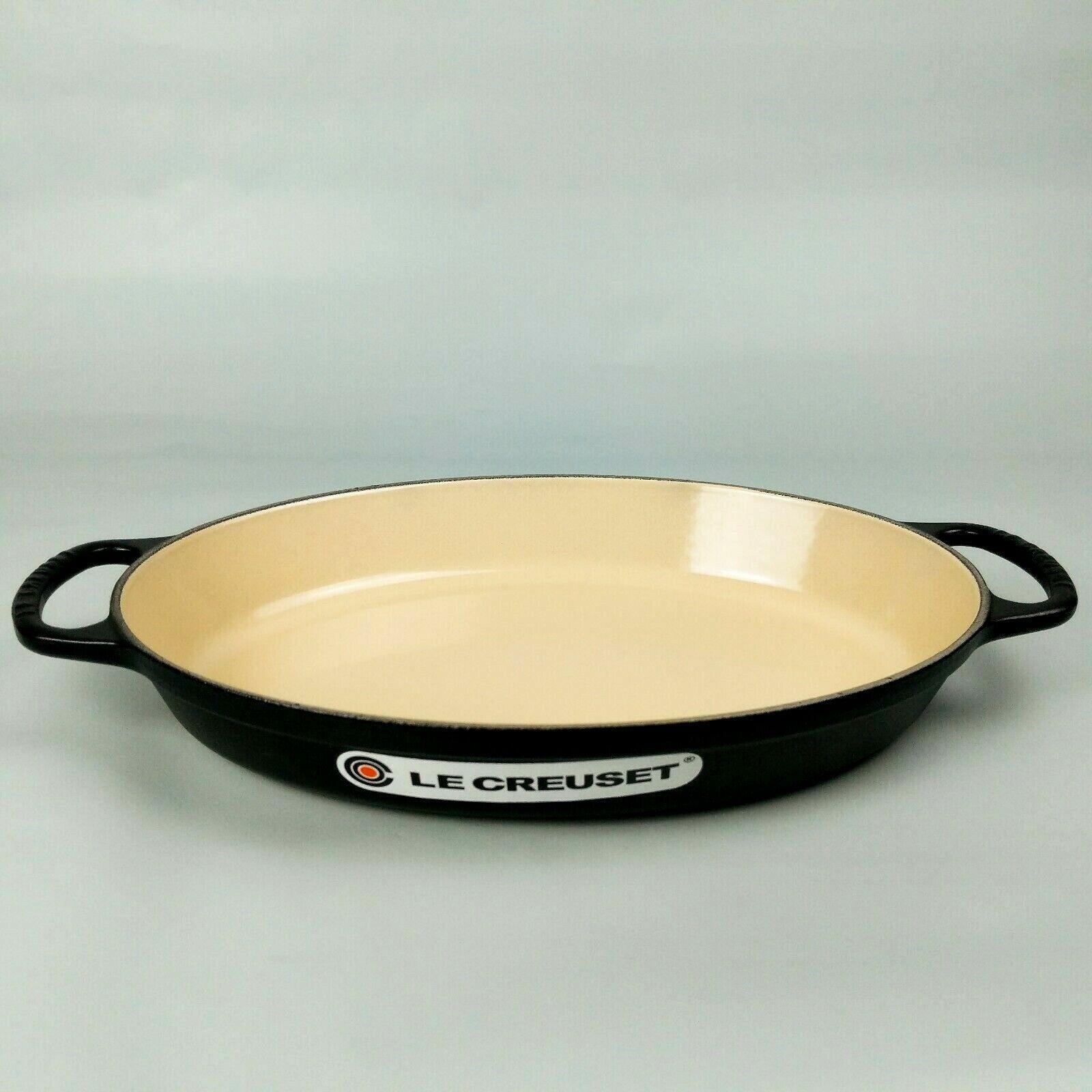 Le Creuset Signature Mate Negro Esmalte plana de hierro fundido Oval Baker 2.25qt 2L 32cm