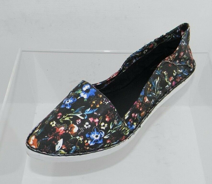 Women's Report Signature Spence Multi color Cotton Flats Size 7.5 M