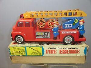 Fer à repasser vintage et friction en plastique Modèle No.k.1842 Vn Mib F.9 Fire Engine