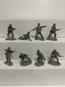 Conte-WWII-German-Infantry-8-Figures-1-32-54mm-D
