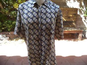 Roundtree-amp-Yorke-men-039-s-short-sleeve-silk-shirt-size-L-Nice