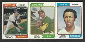 1974-TOPPS-BASEBALL-CARDS-100-cards-for-75-67