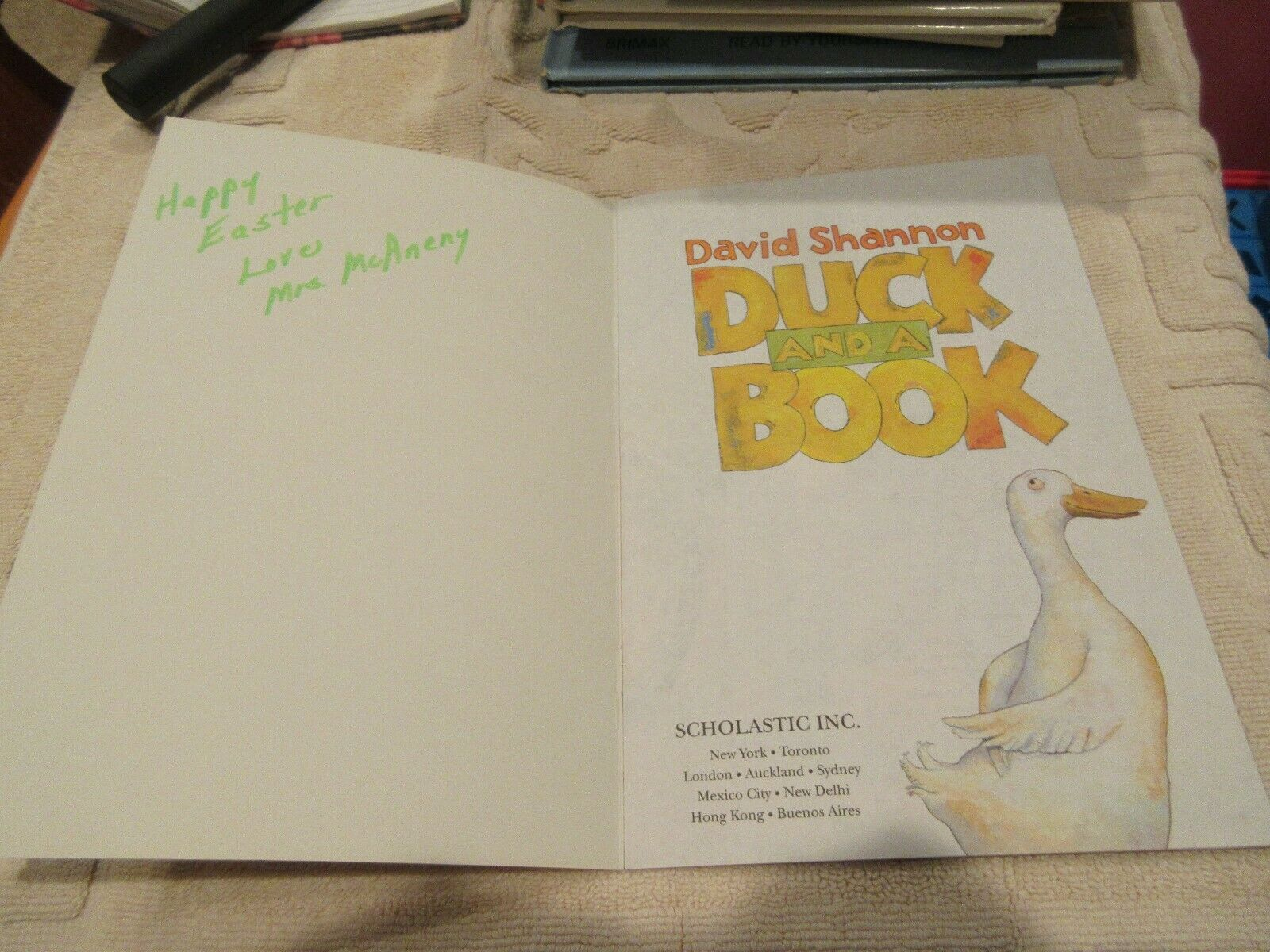 Duck and a Book by David Shannon (2005, Paperback) 9780