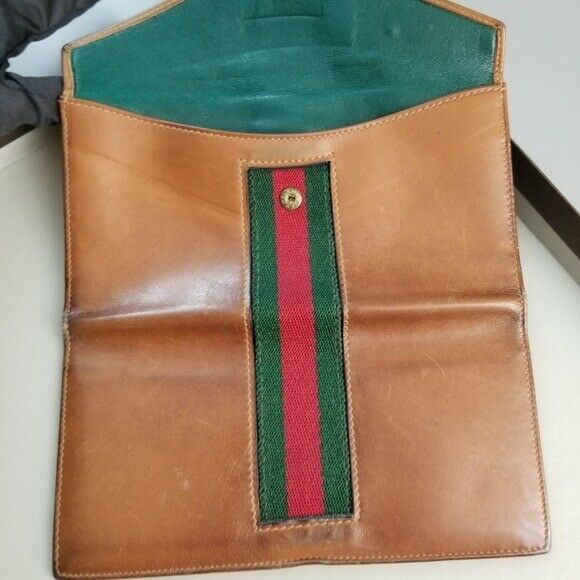 GUCCI  Beautiful  Vintage Classic Gucci wallet - image 1