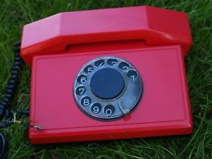 VINTAGE-SOVIET-BULGARIA-ROTARY-DIAL-PHONE-TELEPHONE-TA-900-RED-COLOR