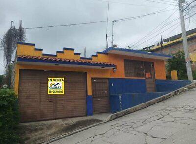 CASA UBICADISIMA EN COL AZTECA SOBRE CALLE PRINCIPAL