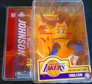 MAGIC JOHNSON  NBA LEGENDS 2  MCFARLANE  LOS ANGELES LAKERS 2006 Issue