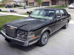 Great condition, 1985 Lincoln Continental Valentino