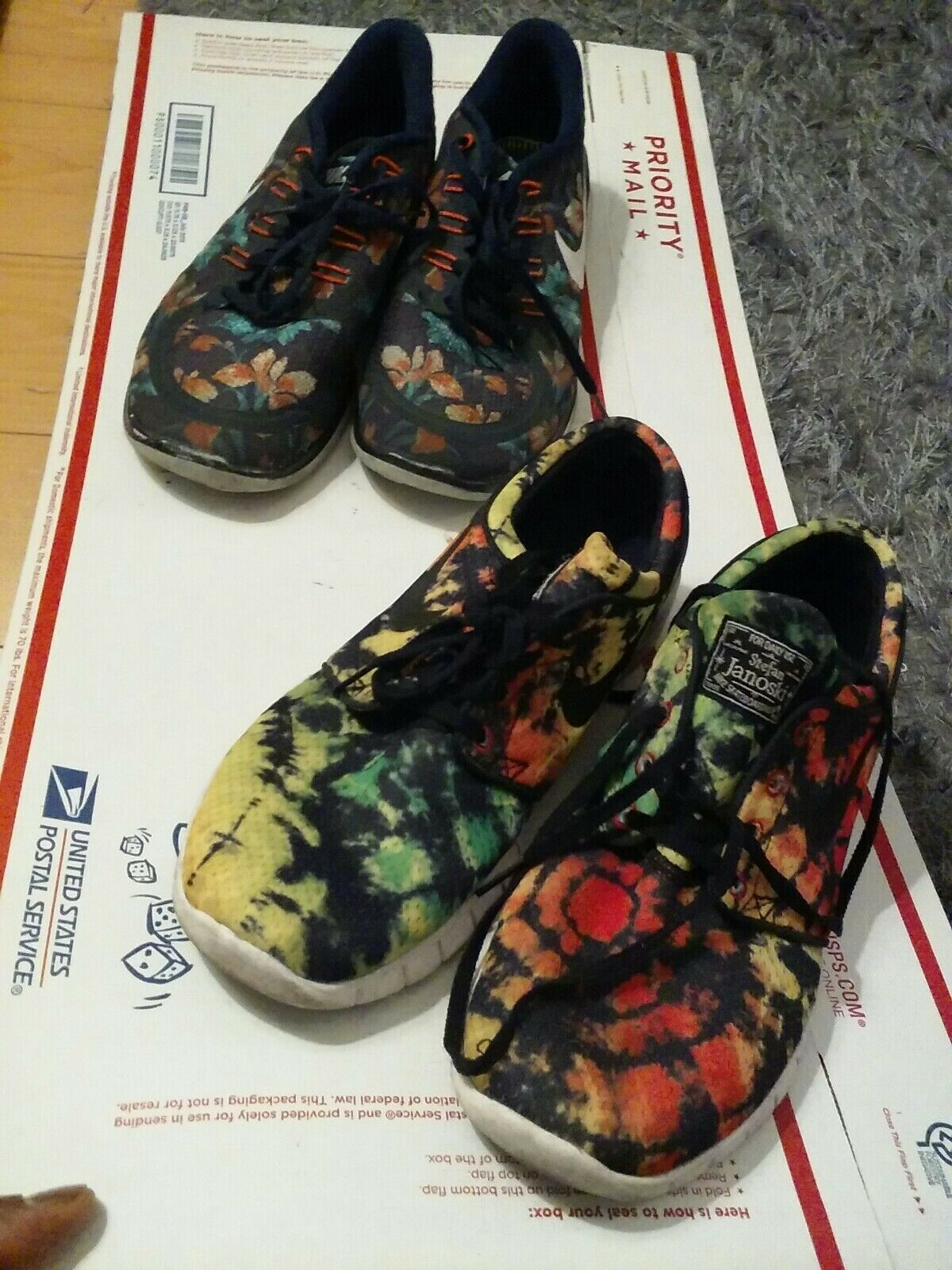 Men nike free 5.0& Janikowski shoes size 10 floral
