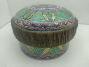 Vintage-Pate-De-Limoges-Couleuvre-Porcelain-Trinket-Box-3-5-034-Diameter-2-5-034-Tall