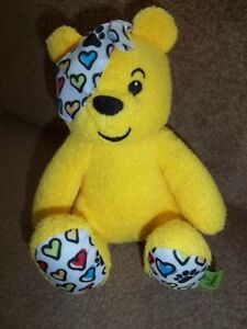 SPECIAL-EDITION-FEARNE-COTTON-HEARTS-PUDSEY-BEAR-SOFT-TOY-BBC-CHILDREN-IN-NEED