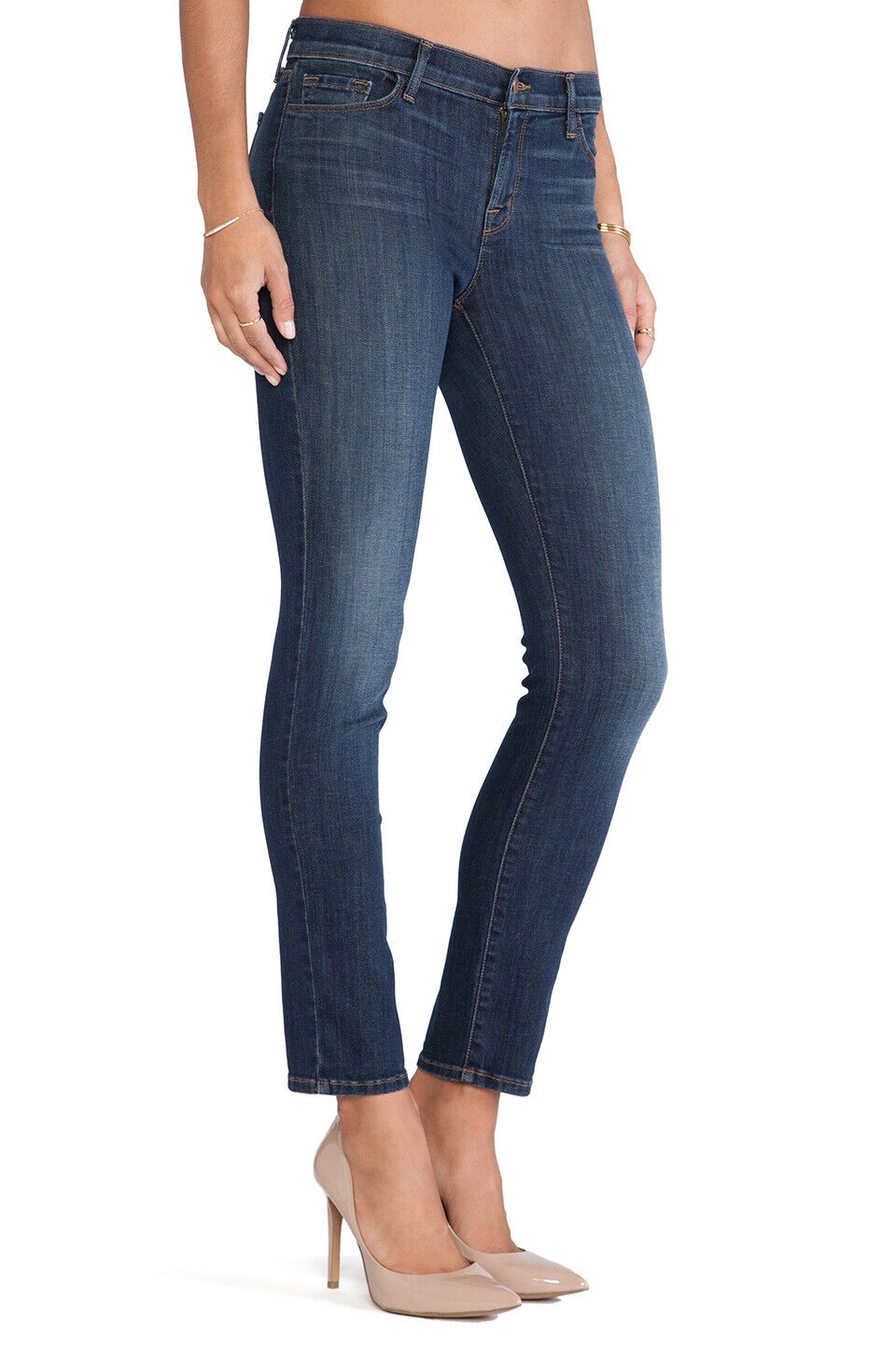 J Brand - 811 - Mid Rise Super Stretch Skinny Jeans in Storm - Size 26