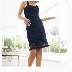TRINA TURK ENERGETIC SLEEVELESS LACE NAVY SHEATH DRESS sz 8