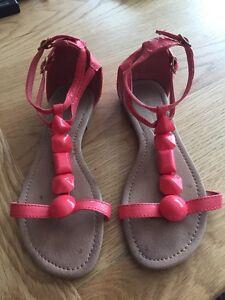 Primark Coral Rosa Sandalias Gladiador Plana Zapatos Talla 4